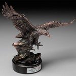 Award Soaring Eagle 15 in.
