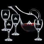 Medford Carafe and 4 Wine Glasses Engraved