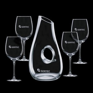 Hallandale Carafe and 4 Wine Glasses Engraved